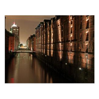 Cartão Postal Hamburgo Speicherstadt na noite