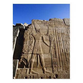 Cartão Postal Hieroglyphs antigos na parede, templo de Karnak,