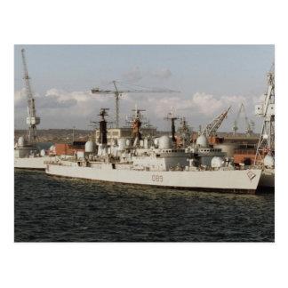 """Cartão Postal HMS Exeter"""" no dockyard naval de Portsmouth,"""