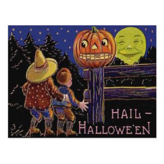 Cartão Postal Homem da lanterna de Jack O na lua