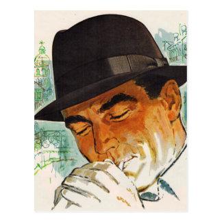 Cartão Postal Homem do chapéu de Stetson que ilumina um cigarro