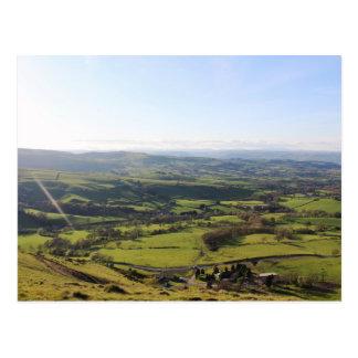 Cartão Postal Horizonte bonito de Galês da opinião do vale do