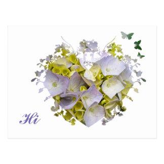 Cartão Postal Hydrangeas em um entalhe do coração