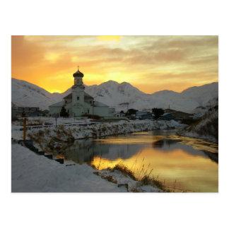 Cartão Postal Igreja ortodoxo russo, nascer do sol do inverno