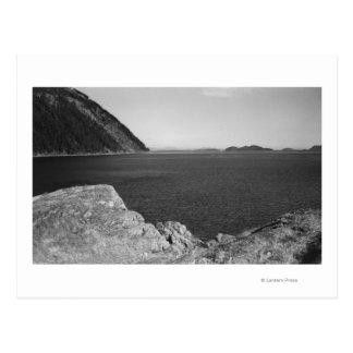 Cartão Postal Ilha de Lummi, WA - vista das rochas de Lummi