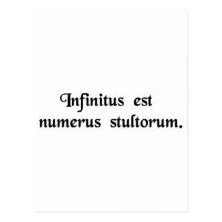 Cartão Postal Infinito é o número de tolos