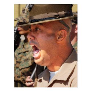 Cartão Postal Instrutor de broca do Corpo do Marines dos E.U.