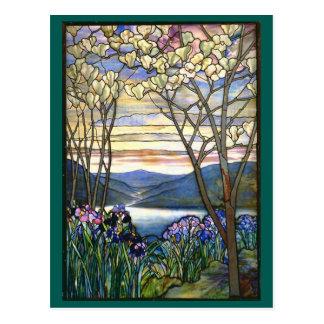 Cartão Postal Janela de vitral de Tiffany da magnólia e da íris