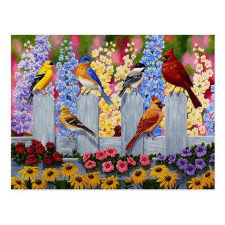 Cartão Postal Jardim colorido do pássaro