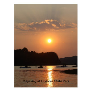 Cartão Postal Kayaking no parque estadual de Codorus