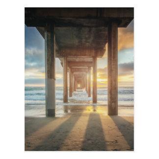 Cartão Postal La Jolla, o cais de Scripps no por do sol | San