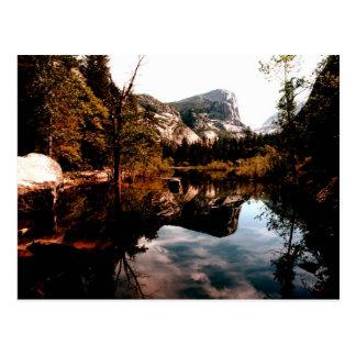 Cartão Postal Lago mirror, parque nacional de Yosemite