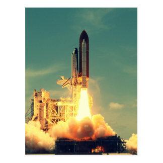 Cartão Postal Lançamento de Rocket