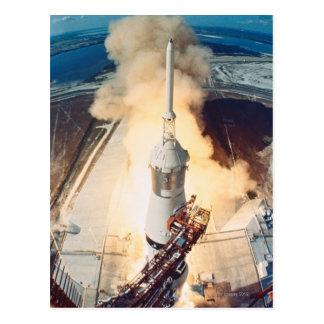 Cartão Postal Lançamento de um Rocket