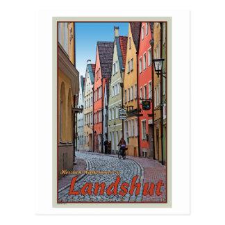 Cartão Postal Landshut - motociclista no beco do Cobblestone