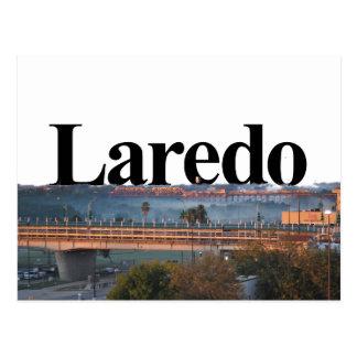 Cartão Postal Laredo, skyline de TX com o Laredo no céu