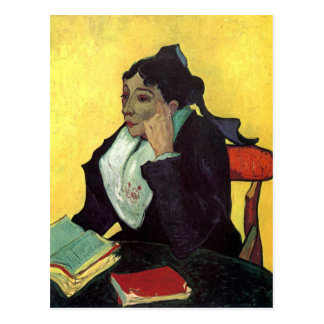 Cartão Postal L'Arlésienne: Senhora Ginoux com livros