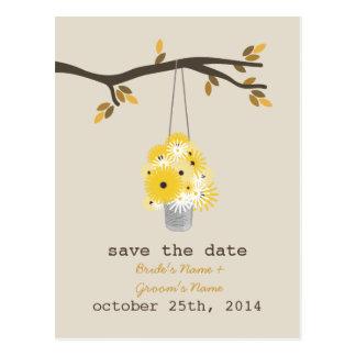 Cartão Postal Lata de lata de economias do casamento outono dos