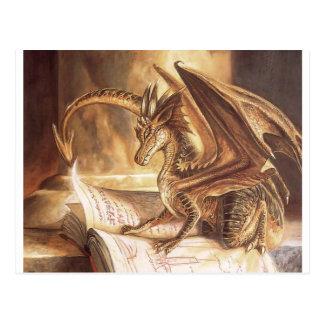 Cartão Postal Leitura dourada do livro do dragão