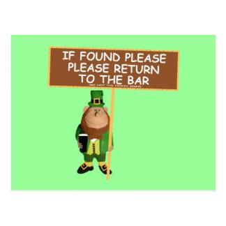 Cartão Postal Leprechaun engraçado