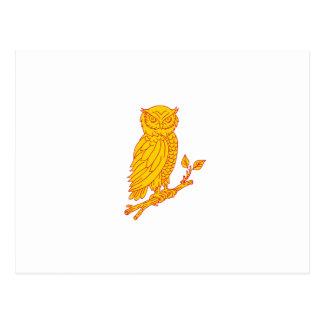 Cartão Postal Linha empoleirando-se do ramo da coruja Horned
