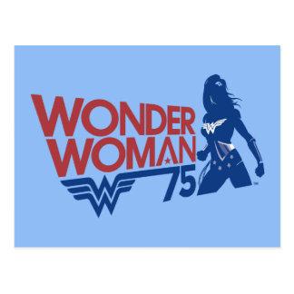 Cartão Postal Logotipo vermelho & azul do aniversário da mulher