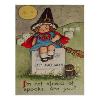 Cartão Postal Lua do gato preto da lápide do cemitério da bruxa