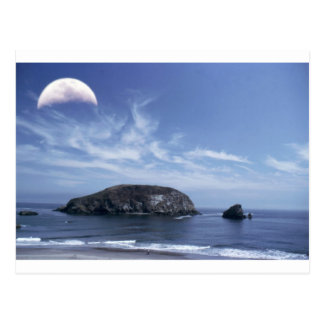 Cartão Postal Lua sobre o monte de feno