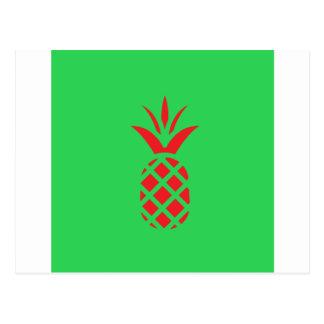 Cartão Postal Maçã do pinho vermelho no verde