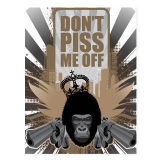 Cartão Postal Macaco irritado com arma