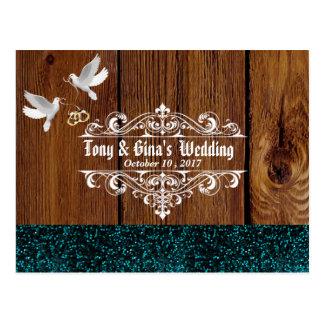 Cartão Postal Madeira rústica com pombas e brilho que Wedding