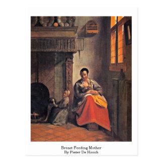 Cartão Postal mãe dealimentação por Pieter de Hooch