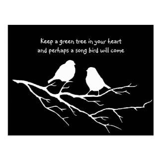 Cartão Postal Mantenha uma árvore verde em seu coração com