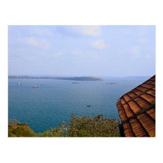 Cartão Postal Mar azul de Goa, India