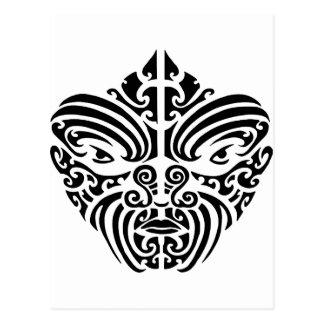 Cartão Postal Máscara tribal maori do tatuagem