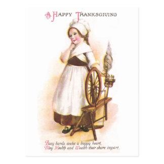 Cartão Postal Menina americana colonial e sua roda de giro
