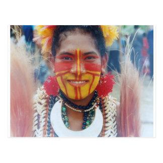 Cartão Postal Menina de Papuá-Nova Guiné