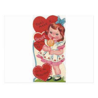 Cartão Postal Menina do vintage com namorados do otário