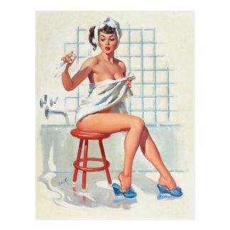 """Cartão Postal Menina retro do pinup do banheiro """"sexy"""" do pombo"""