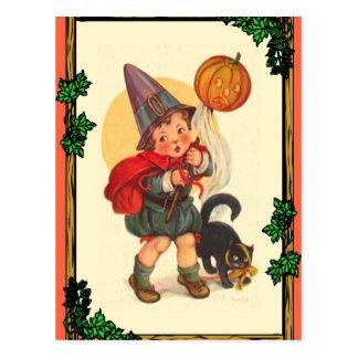 Cartão Postal Menino do Dia das Bruxas