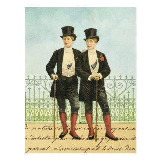 Cartão Postal Meninos dândi britânicos nas partes superiores e