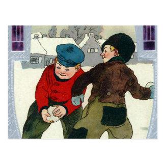 """Cartão Postal """"Meninos que jogam Snowballs """""""