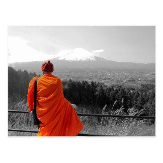 Cartão Postal Monge budista & Monte Fuji de visita