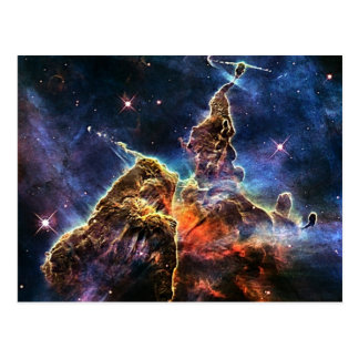 Cartão Postal Montanha místico na NASA do espaço