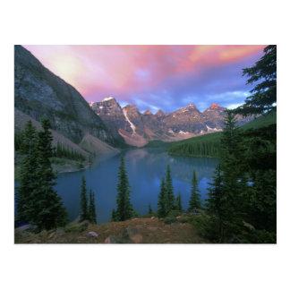 Cartão Postal Moraine no alvorecer, Banff de Canadá, Alberta,