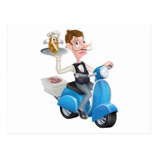 Cartão Postal Mordomo dos desenhos animados no Moped do patinete