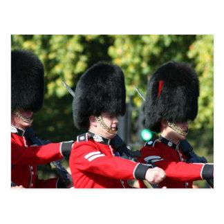 Cartão Postal Mudança do Buckingham Palace das guardas