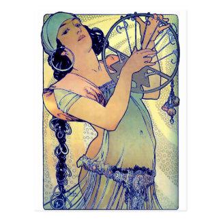 Cartão Postal mulher aciganada da música de dança do pandeiro do