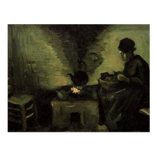 Cartão Postal Mulher do camponês pela lareira Vincent van Gogh