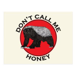 Cartão Postal Não me chame mel, arte feminista vermelha do